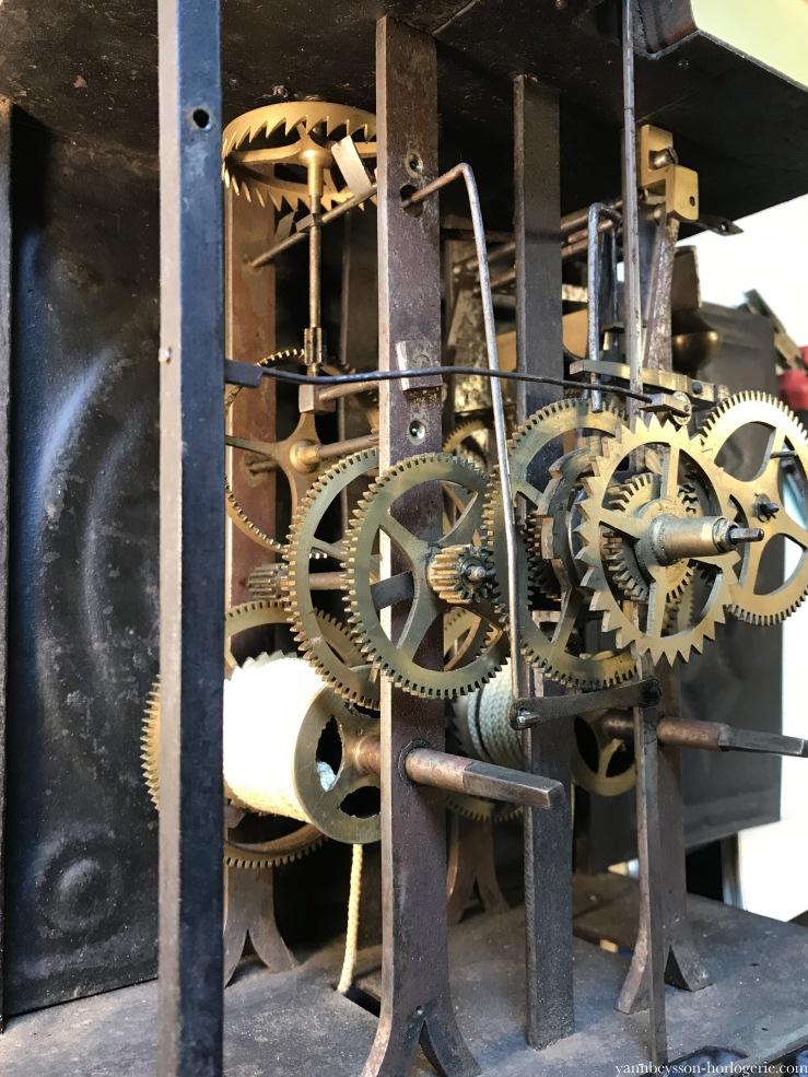 horloge-comtoise-yann-beysson-horlogerie